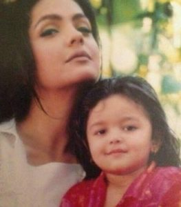 Young Alia Bhatt with her mother