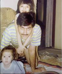 Young Kriti Sanon with her Father and younger Sister
